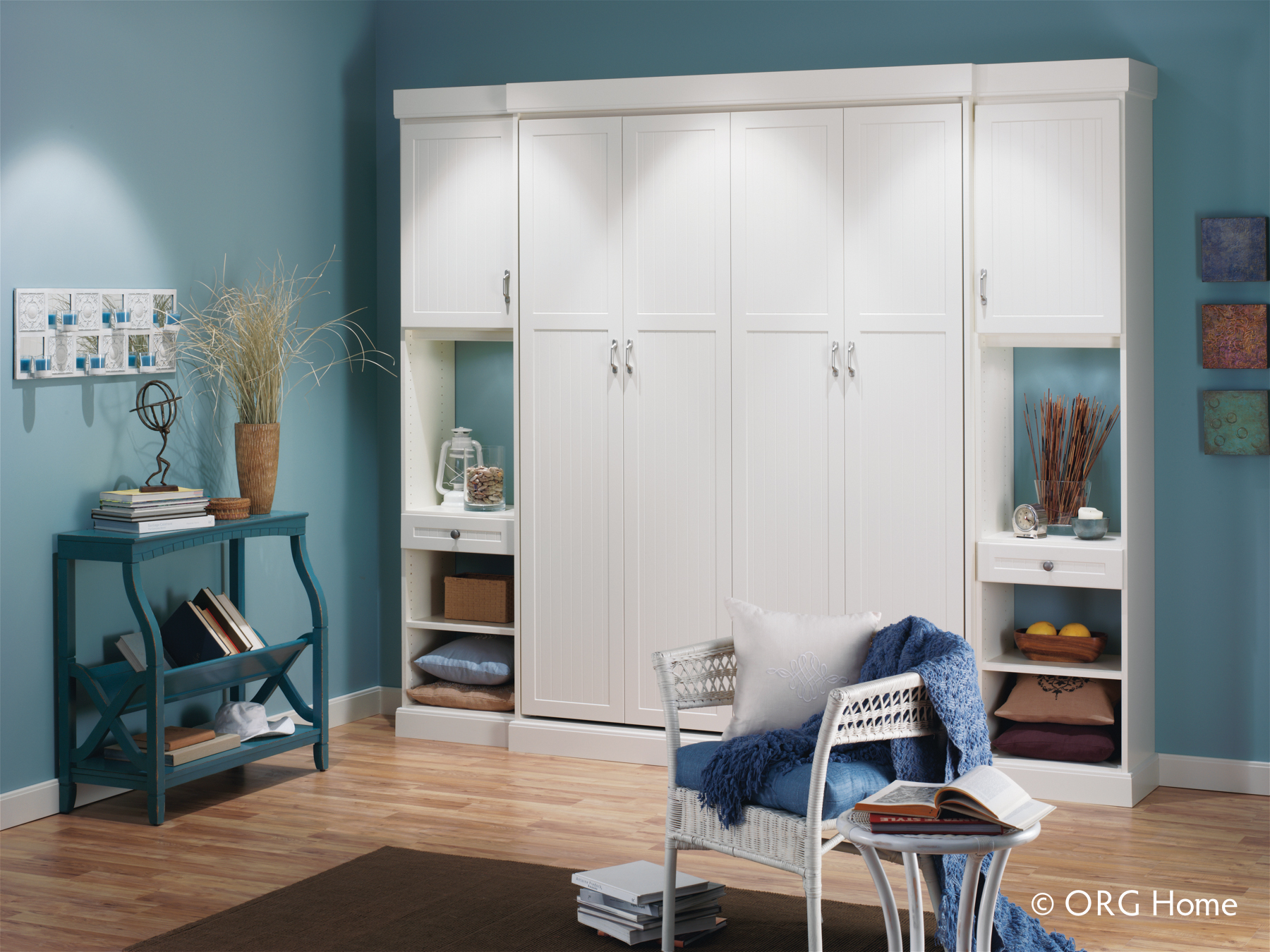 10 Reasons To Own A Murphy Bed